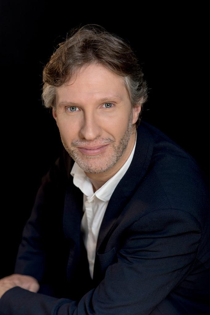 Francisco Pardo es un tenor lírico español
