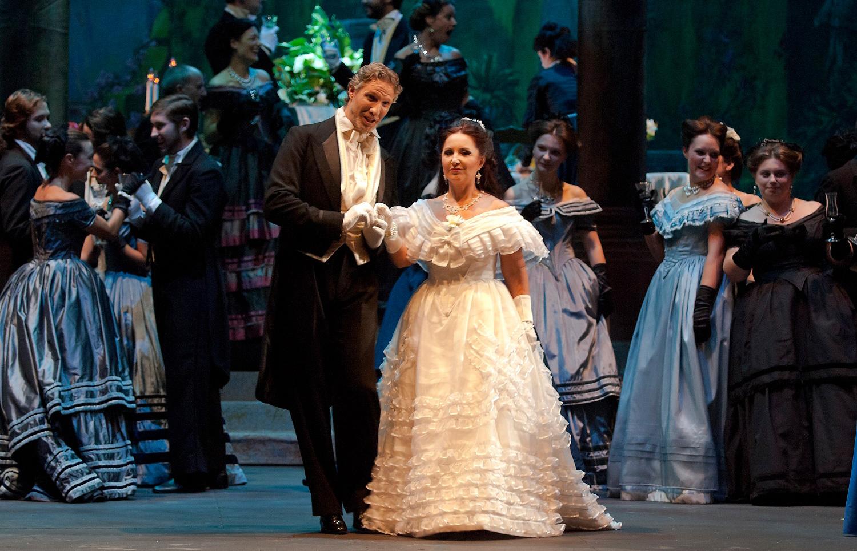Francisco Pardo, tenor lírico gallego interpreta La Traviata